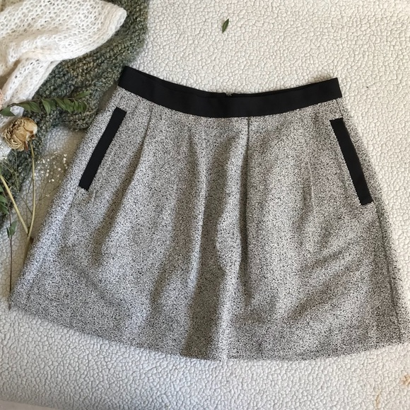 French Connection Dresses & Skirts - French Connection Grey Skirt Sz 8